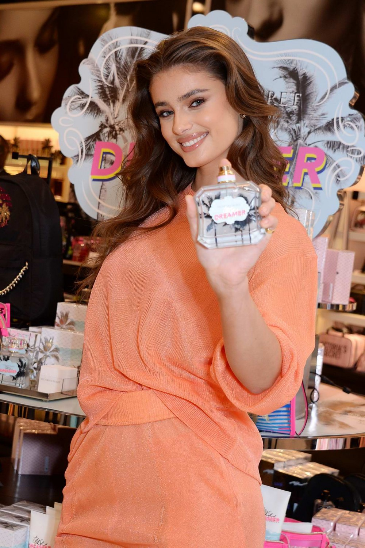 Victoria's Secret Tease Dreamer Perfume