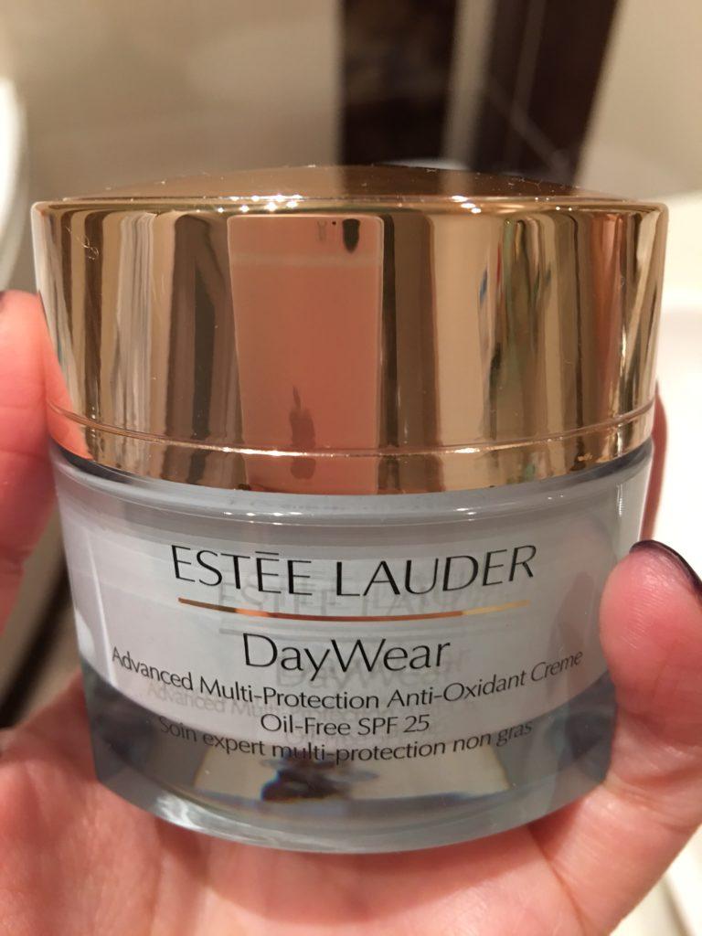 Estee Lauder DayWear creme